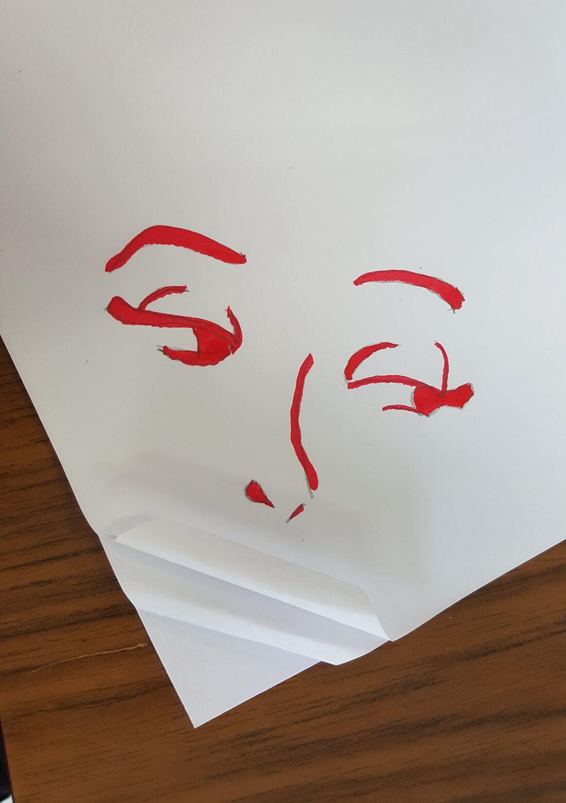 Vouw papier als lippen