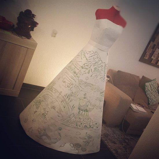 En ook de jurk zelf is nu klaar voor gebruik!