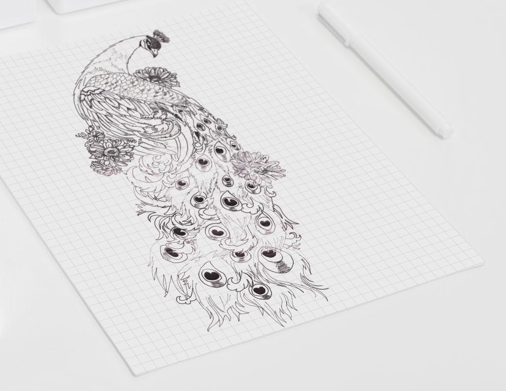 Ontwerp tattoo van pauw laten maken